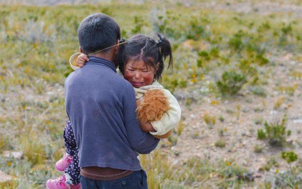 Efectos de la separación traumática de los padres en los niños - PsicologosTHuS