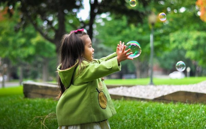 Las consecuencias de la sobreprotección infantil - Psicologos THuS